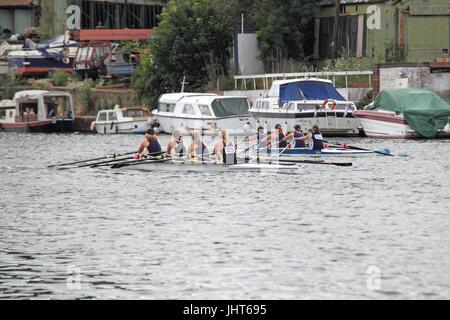 Eton Excelsior Rowing Club (Winners) narrowly lead Weybridge Rowing Club. Women's Masters B-D Quad FINAL. 150th - Stock Photo