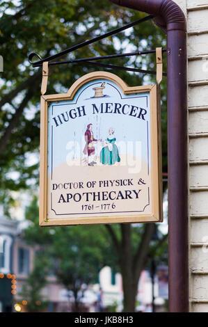 USA, Virginia, Fredericksburg, Hugh Mercer Apothecary Shop sign, former shop belonging to US Revolutionary War general - Stock Photo