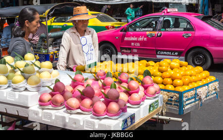 Fruit seller essay