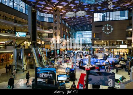 Canada montreal complexe desjardins shopping mall for Desjardins quebec