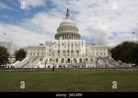 Washington, DC, USA. 25th July, 2017. The West Front of the United States Capitol Building the afternoon that the - Stock Photo