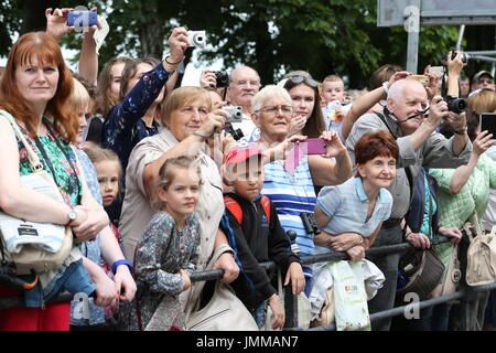 St Petersburg, Russia. 28th July, 2017. People attend a rehearsal of the upcoming Russian Navy Day military parade - Stock Photo