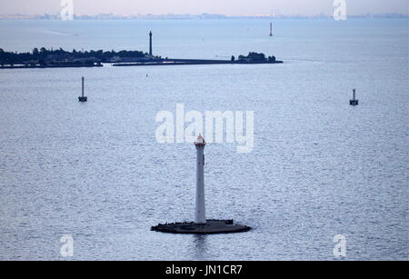 St Petersburg, Russia. 28th July, 2017. A view of lighthouses in the Gulf of Finland. Credit: Peter Kovalev/TASS/Alamy - Stock Photo