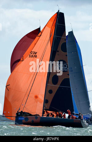 Cowes, UK. 4th Aug, 2017. Lendy Cowes Week Sailing All classes  IRC Zero Class yachts Credit: Leo Mason sports photos/Alamy - Stock Photo