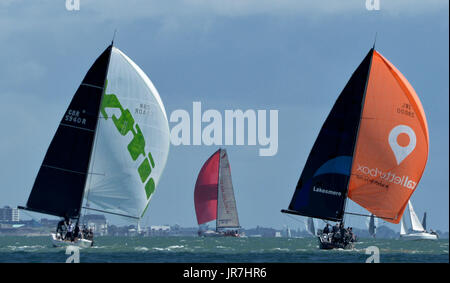Cowes, UK. 4th Aug, 2017. Lendy Cowes Week Sailing All classes  IRC Class 1 yachts Credit: Leo Mason sports photos/Alamy - Stock Photo