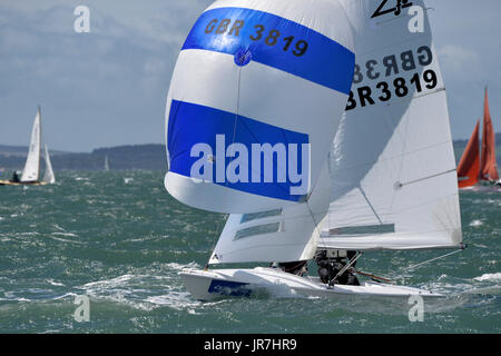 Cowes, UK. 4th Aug, 2017. Lendy Cowes Week Sailing All classes Flying 15 class yacht Flashback Credit: Leo Mason - Stock Photo