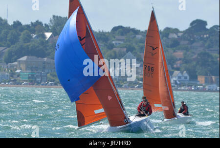 Cowes, UK. 4th Aug, 2017. Lendy Cowes Week Sailing All classes Squib Class yachts Credit: Leo Mason sports photos/Alamy - Stock Photo
