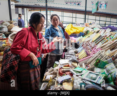 Thimphu, Bhutan - Aug 29, 2015. Vendors at rural market in Thimphu, Bhutan. In South Asia, Bhutan ranks first in - Stock Photo