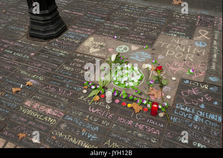 Barcelona, Catalonia, Spain. 19th Aug, 2017. Tributes to victims of Barcelona attack. Credit: Charlie Perez/Alamy - Stock Photo