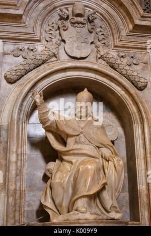 Rome Italy Statue Of Pope Pius Ix Kneeling In Prayer At
