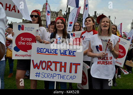 London, UK. 06th Sep, 2017. Thousands of nurses protest in Westminster, London against the pay cuts 6 September, - Stock Photo