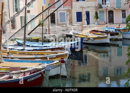 France bouches du rhone martigues lavera oil port for Restaurant le miroir aux oiseaux martigues
