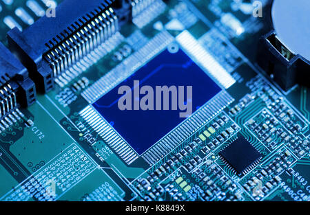 Viewtopic additionally Poetic Of Circuitry in addition Resistance Welding Wire To An Edge furthermore Stock Photography Seamless Background Electrical Circuit Board Vector  puter Device Motherboards Image31103932 in addition Index. on resistance soldering circuitry