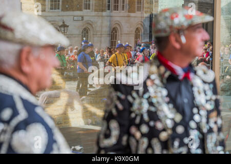 London, UK. 24th September, 2017. Watching the Pandemonium Drummers (from the 2012 Olympics) - The annual Harvest - Stock Photo