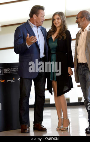 San Sebastian, Spain. 25th Sep, 2017. Arnold Schwarzenegger, Maisy Kay and Jean-Jacques Mantello attend the 'Wonder - Stock Photo