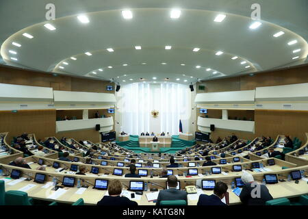 MOSCOW, RUSSIA - SEPTEMBER 27, 2017: A meeting of the Russian Federation Council. Sergei Fadeichev/TASS - Stock Photo