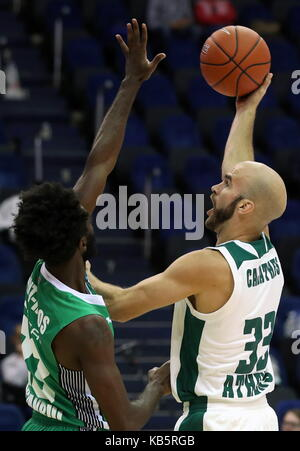 MOSCOW, RUSSIA - SEPTEMBER 27, 2017: Darussafaka S.K. Istanbul's Howard Sant-Roos (L) and Panathinaikos' Nick Calathes - Stock Photo