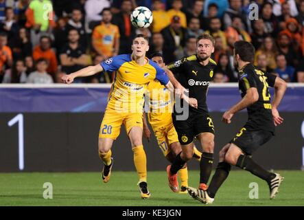 Nicosia, Cyprus. 17th Oct, 2017. Apoel's Roland Sallai (L) vies for the ball during the 2017-2018 Champions League - Stock Photo