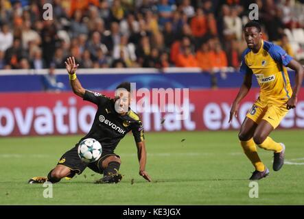 Nicosia, Cyprus. 17th Oct, 2017. Bortussia Dortmund's Pierre-Emerick Aubameyang (L) vies for the ball during the - Stock Photo