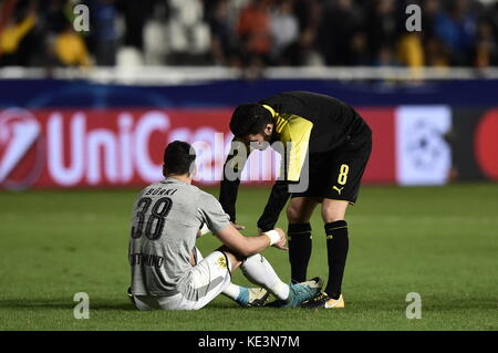 Nicosia, Cyprus. 17th Oct, 2017. Dortmund's Nuri Sahin (R)and Dortmund's goalkeeper Roman Buerki hold hands at the - Stock Photo
