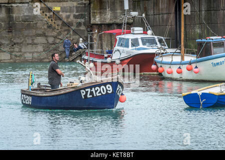 Newquay Harbour Cornwall - a small fishing boat in Newquay harbour. - Stock Photo