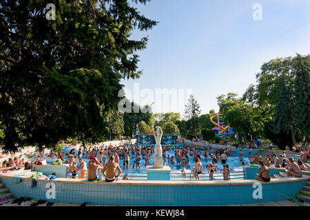 Palatinus open air thermal water park margaret island budapest stock photo royalty free image for Margaret island budapest swimming pool