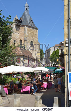 Place pelissiere bergerac france stock photo royalty for Aquitaine france cuisine