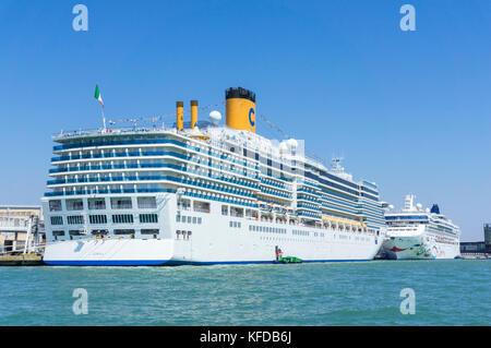 Cruise Ship Moored In The Port Of Honolulu O Ahu Hawaii