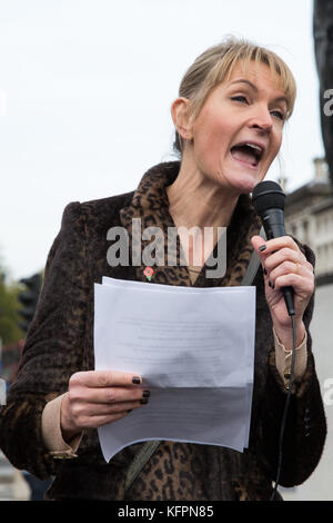London, UK. 31st October, 2017. Sophie Walker, Leader of the Women's Equality Party,  addresses supporters of Join - Stock Photo