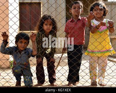 bhuj single girls Bhuj personals the only 100% like girls that just not interested to play ga bhuj gujarat frnd_xyz1234 29 single man seeking women.