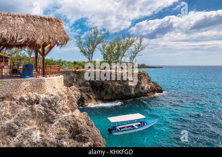 Caribbean sea in Negril, Jamaica. - Stock Photo