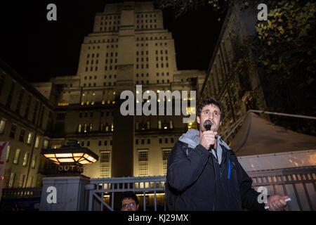 London, UK. 21st November, 2017. Petros Elia, General Secretary of the United Voices of the World trade union, addresses - Stock Photo