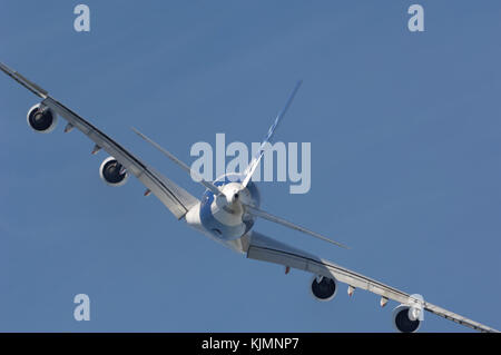 Airbus A380-800 in the flying-display at the 2006 Farnborough International Airshow - Stock Photo