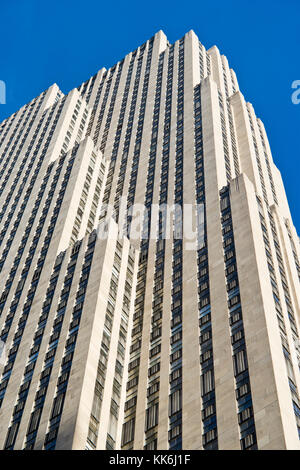 Looking up at the main Rockefeller Center Building in New York City, New York, USA. - Stock Photo