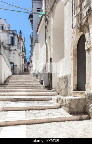 Staircase in the historic center of Rodi Garganico, Apulia(Puglia), Italy. - Stock Photo