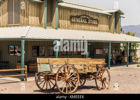 general store stovepipe wells death valley national park mojave stock photo 48818353 alamy. Black Bedroom Furniture Sets. Home Design Ideas