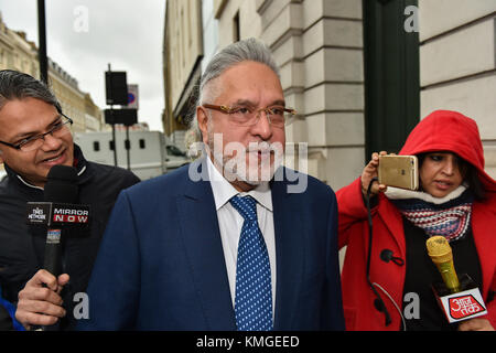 London, United Kingdom. 7th December 2017. Force India F1 boss Vijay Mallyae arrives at Westminster Magistrates' - Stock Photo