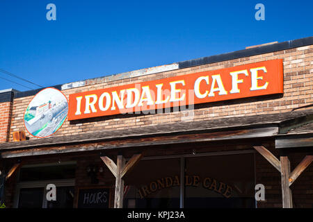 USA, Alabama, Birmingham. Village of Irondale, Irondale Cafe, real-life setting for the book 'Fried Green Tomatoes'. - Stock Photo