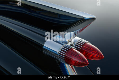 American 50 39 s car rear tail light bumper chrome fin boot for American classic lighting