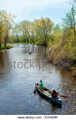 paddling-a-canoe-down-the-indian-river-i