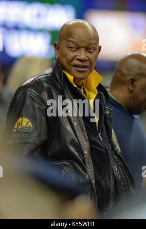 Seattle, WA, USA. 13th Jan, 2018. Retired Seattle Supersonic Slick Watts was in attendance during a PAC12 basketball - Stock Photo