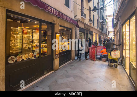 Venice - 22 January, 2018. The 'Osteria da Luca' is seen at lunch time on 22 January in Venice, Italy. A group of - Stock Photo