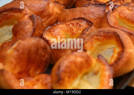how to make home made yorkshire puddings