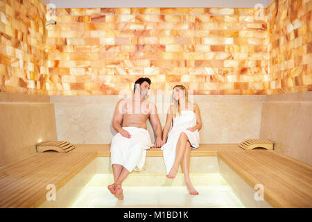 Couple sexy sauna — 11