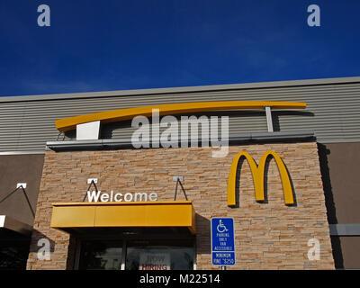 Mcdonald S Hamburger Restaurant Sign Golden Arches United