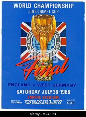 Football Programme: 1966 World Cup Final, England v West Germany, 30th July 1966. England won 4-2 after extra time. - Stock Photo