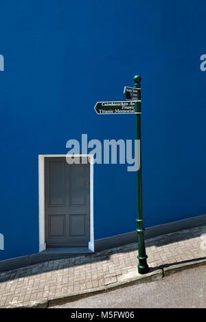Signpost to the Titanic Memorial, Cobh, County Cork, Ireland - Stock Photo