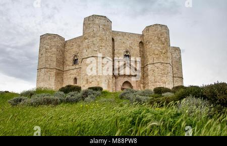 Castel del Monte (Andria, Apulia) built by the emperor Frederic II - Stock Photo