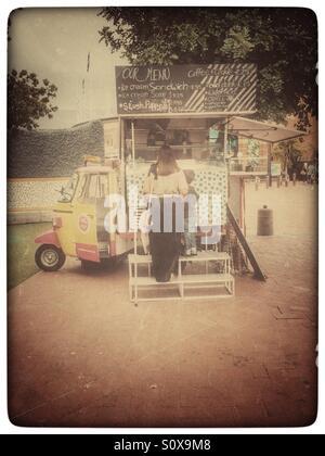 Ice cream sandwich food truck. - Stock Photo