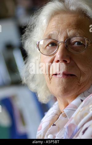Britischer Rentner Porträt London UK - Stockfoto